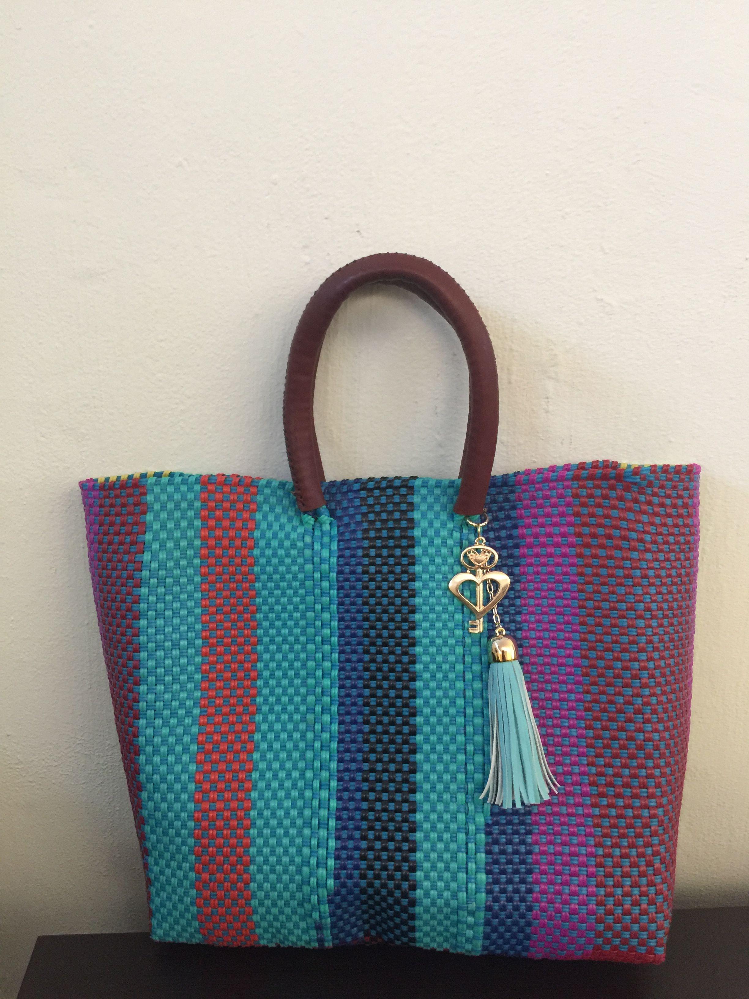 predominante gama muy codiciada de diseño de moda Bolsas tejidas forradas de plástico | Vestidos Maxi | Bolsos ...
