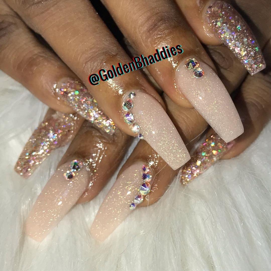 Pin by 💛GoldenBhaddies💛 on CŁÃWŻ Beauty academy, Nails