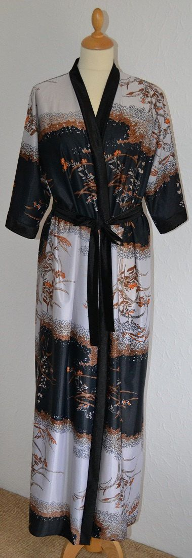 70s Givoni Dressing Gown / Kimono UK Size by VeryVintageClothing ...