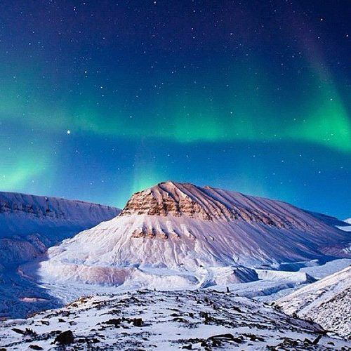 Holy moly ~ Heaven on Earth ~  Aurora Borealis REGRAM in Longyearbyen, Norway ~  National Geographic