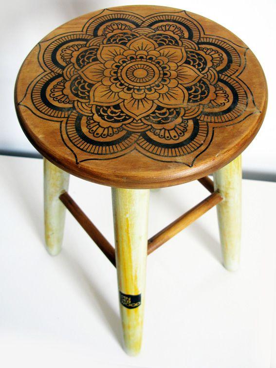 Taburete madera mandala hindu van der wood dise o - Decorazioni pirografo ...