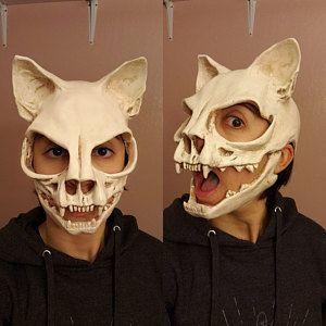 ram skull mask in L/XL