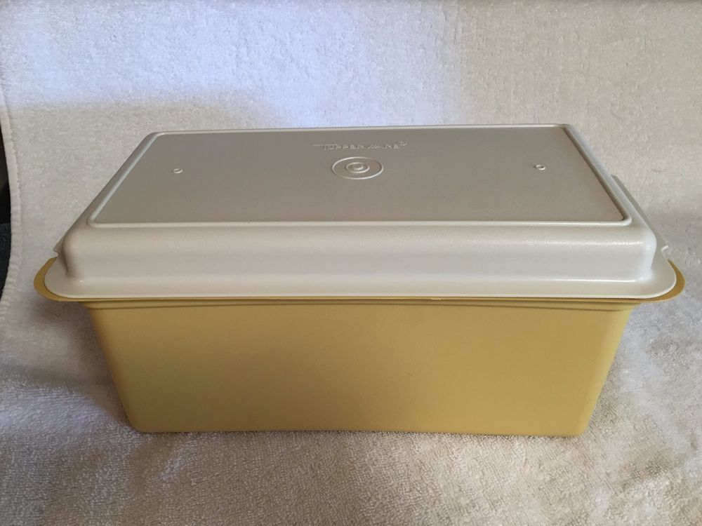 Tupperware Bread/Crackers Storage Keeper Container Harvest Gold Vintage #  171 2