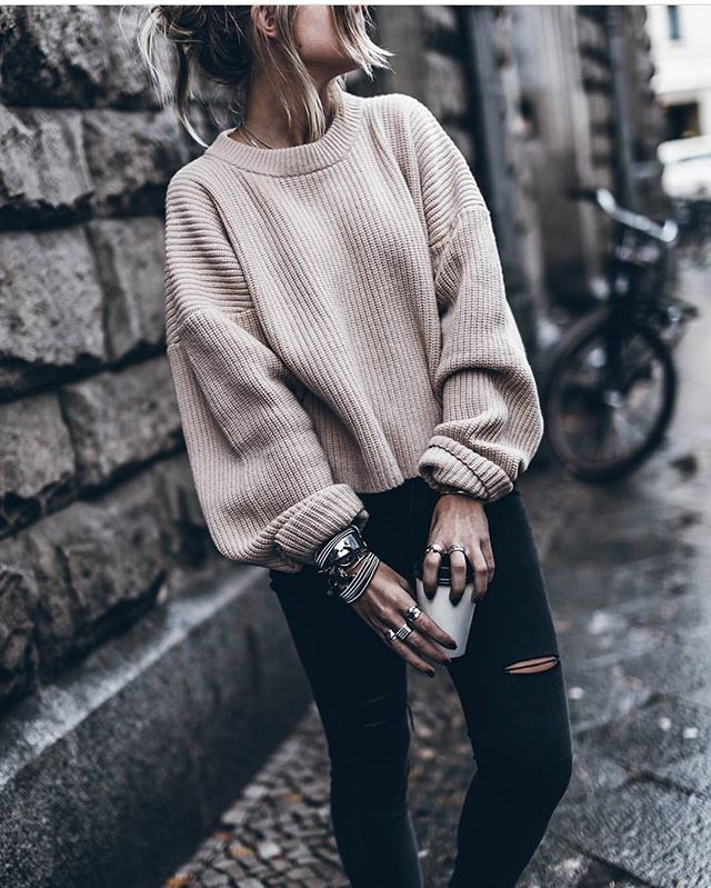 Sweater weather via @chiquehappens