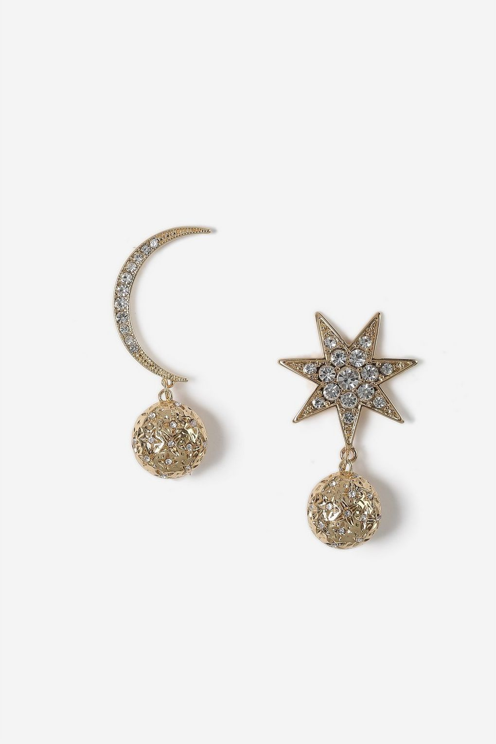 7244cc93a Pin by Margaret on Circus Wardrobe in 2019   Clip on earrings ...