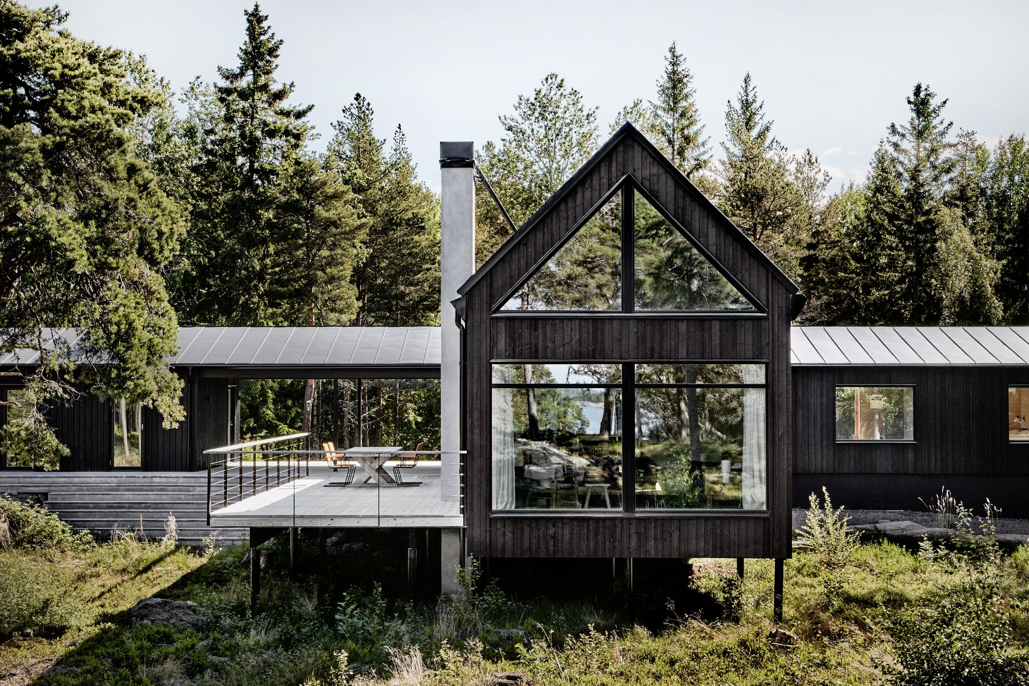 Summer House In The Stockholm Archipelago Kod Arkitekter Archdaily In 2020 Scandinavian Cottage House Exterior Summer House