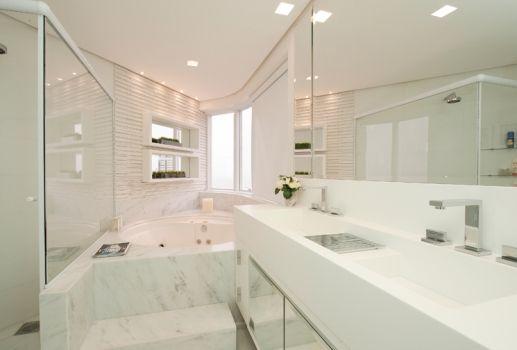 Banheiro Pequeno Banheira Banheiros Banheiras Hidromassagem Pelauts BATHROOM DESIGN  # Decoração Banheiro Pequeno Com Banheira