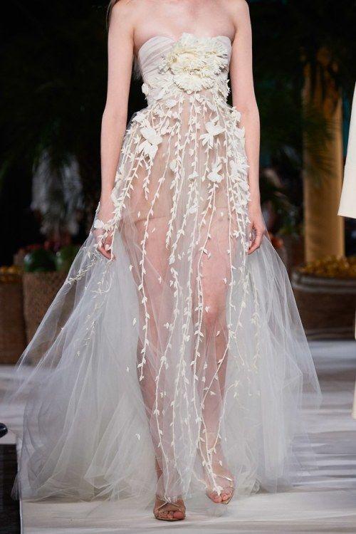 lacetulle Oscar de la Renta SpringSummer 2020 Fashion pics