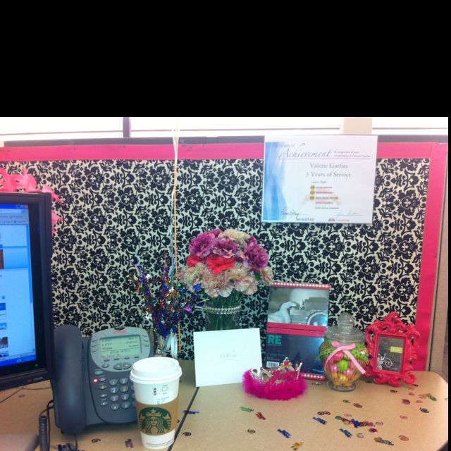 I'm So Decorating My Cubicle And Want Something Like