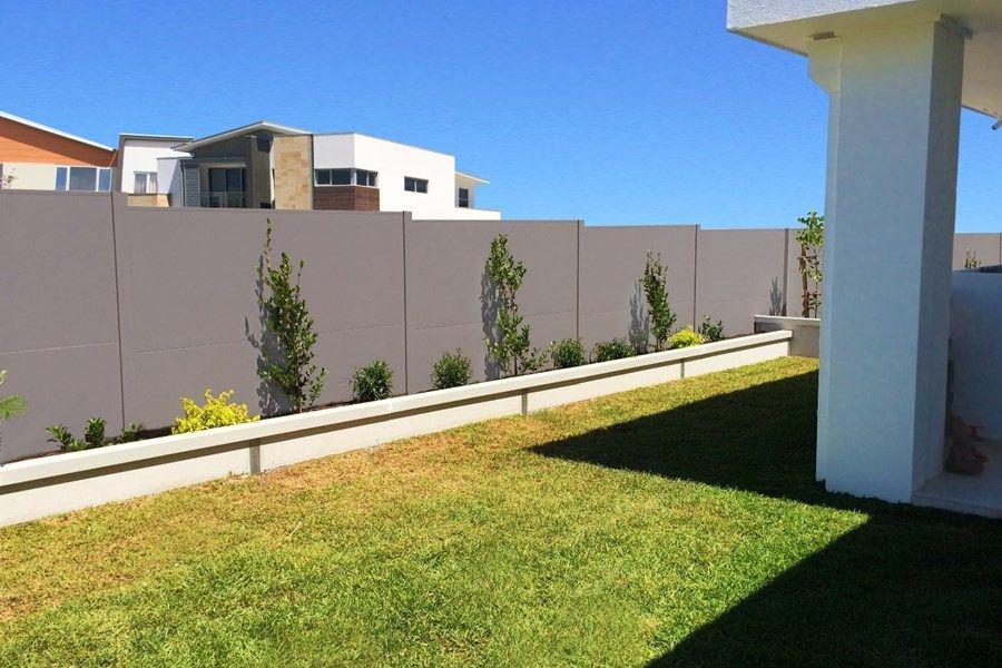 SlimWall - Designer Boundary Fences   Home landscaping