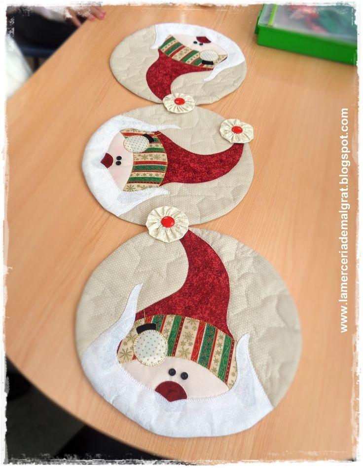 Resultado de imagen para pinterest caminos de mesa flores Navidad