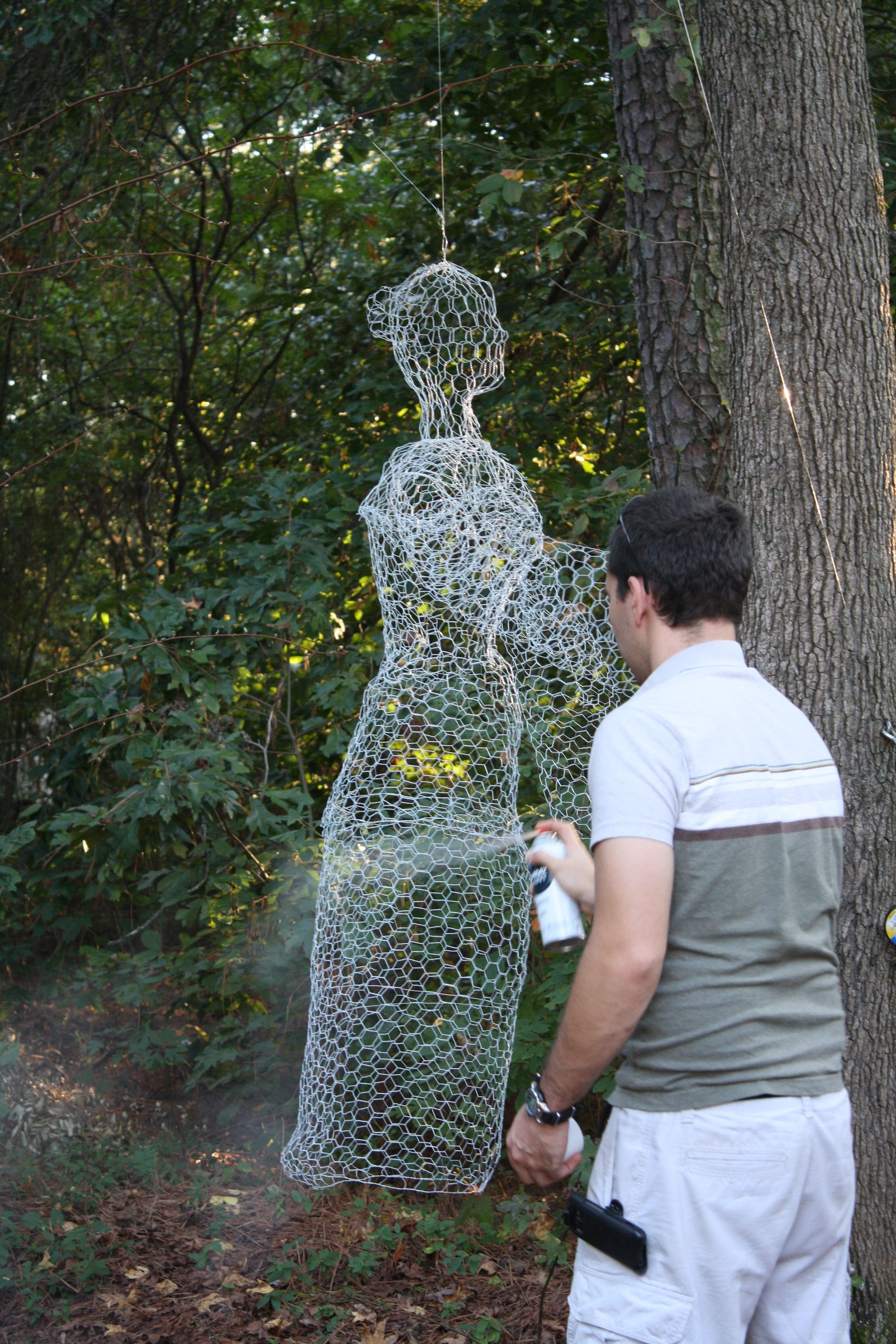 Diy ghost made out of chicken wire saw this idea on