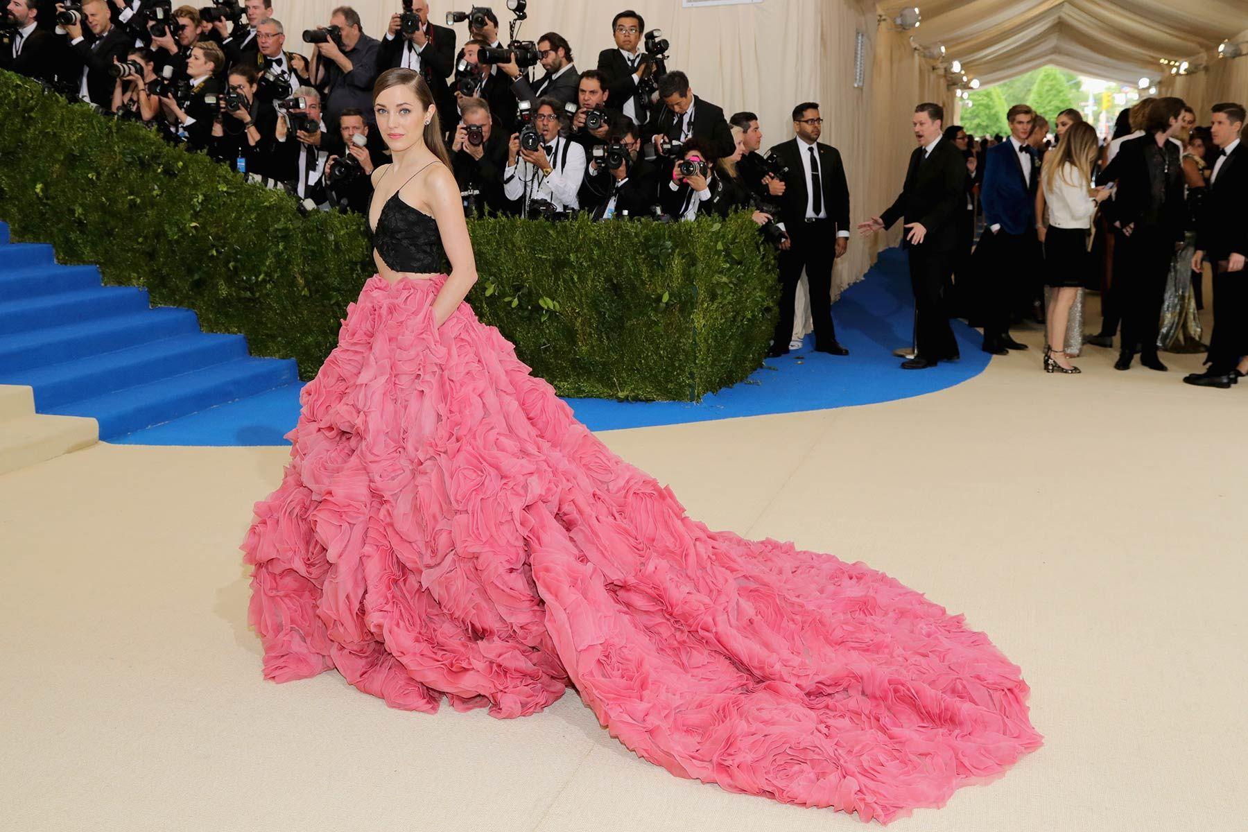 Met gala 2017 La actriz y cantante Laura Osnes con un vestido con ...