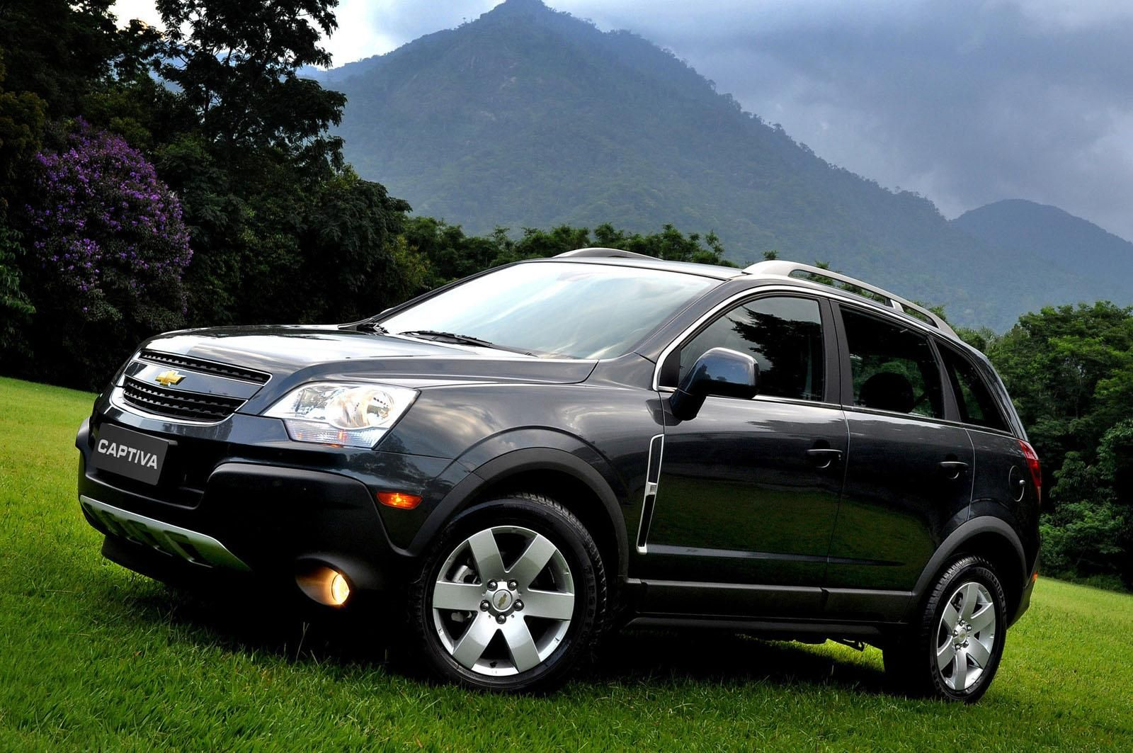 Chevy Captiva Sport Wallpapers Auto Power Girl Chevrolet Captiva Captiva Sport Chevrolet Captiva Sport