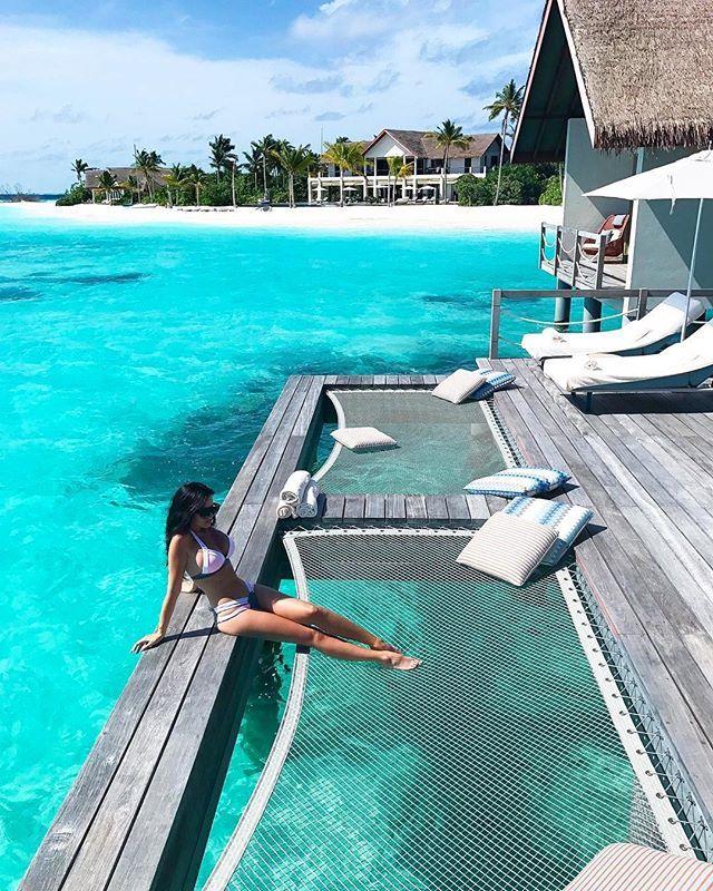 Four Seasons Private Island Voavah #Maldives Photo