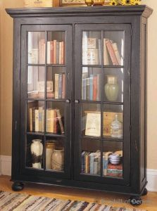 Broyhill Attic Heirlooms Bookcase Library Cabinet
