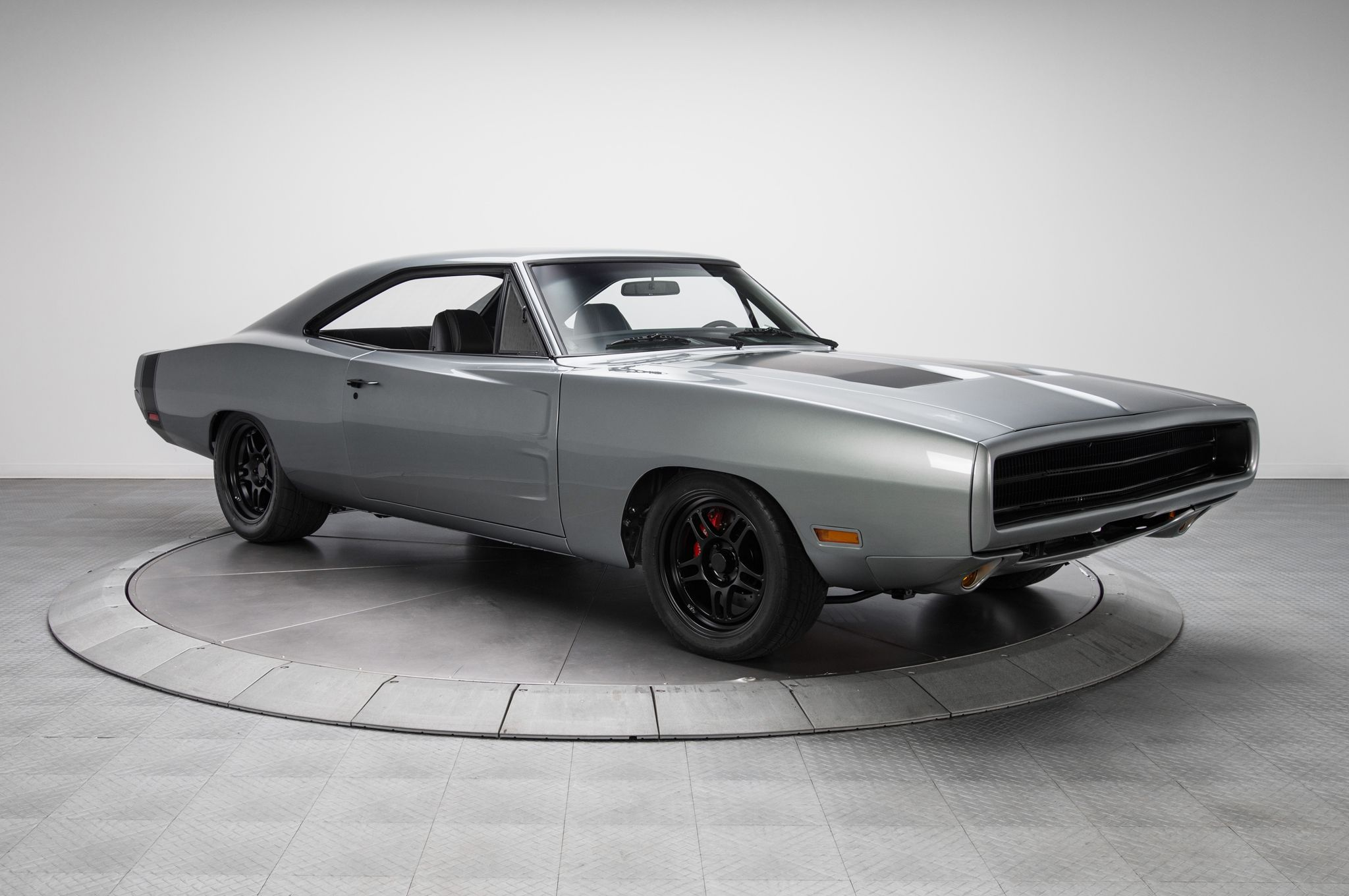 1970-Dodge-Charger-R-T-front-three-quarter-01.jpg (2048×1360 ...