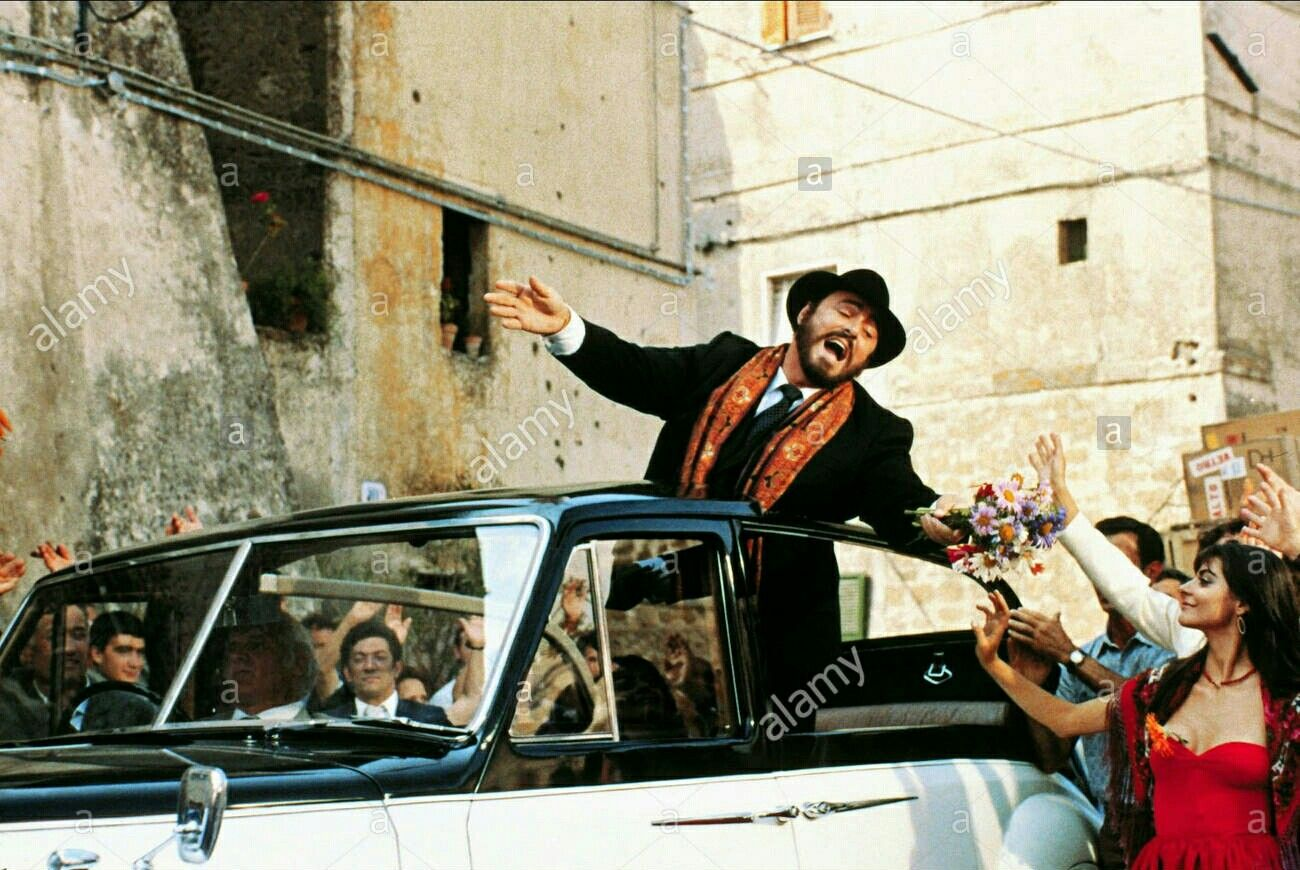 "Luciano Pavarotti ""Yes Giorgio"" 1982"