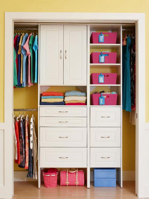 Small closet photo smallcloset home for Open closets small spaces