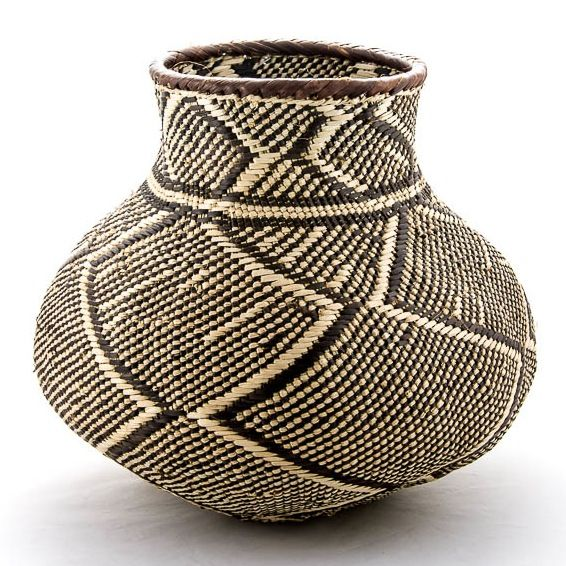 Patterned Batonga Nongo basket handcrafted in Zimbabwe from Design Afrika Since each basket is individually handmade there will be slight variations