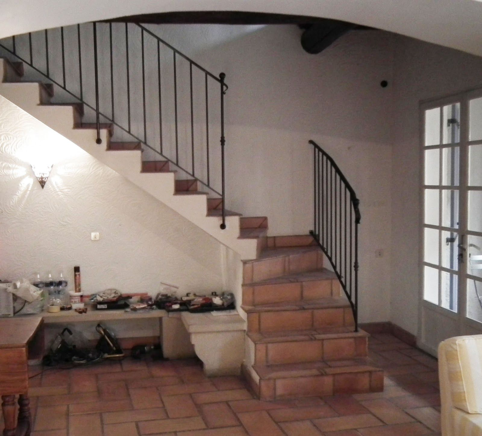 Homes-staircase-design-for-bungalow-designs-railing-your