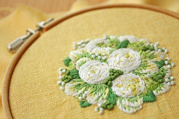 白い花の刺繍、、、完成。 の画像|* Slow Life *