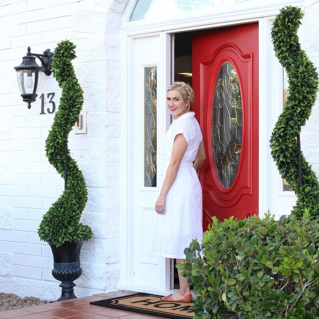 7 Staircase Ideas You Can Diy In A Weekend: Curb Appeal, Painting Shutters