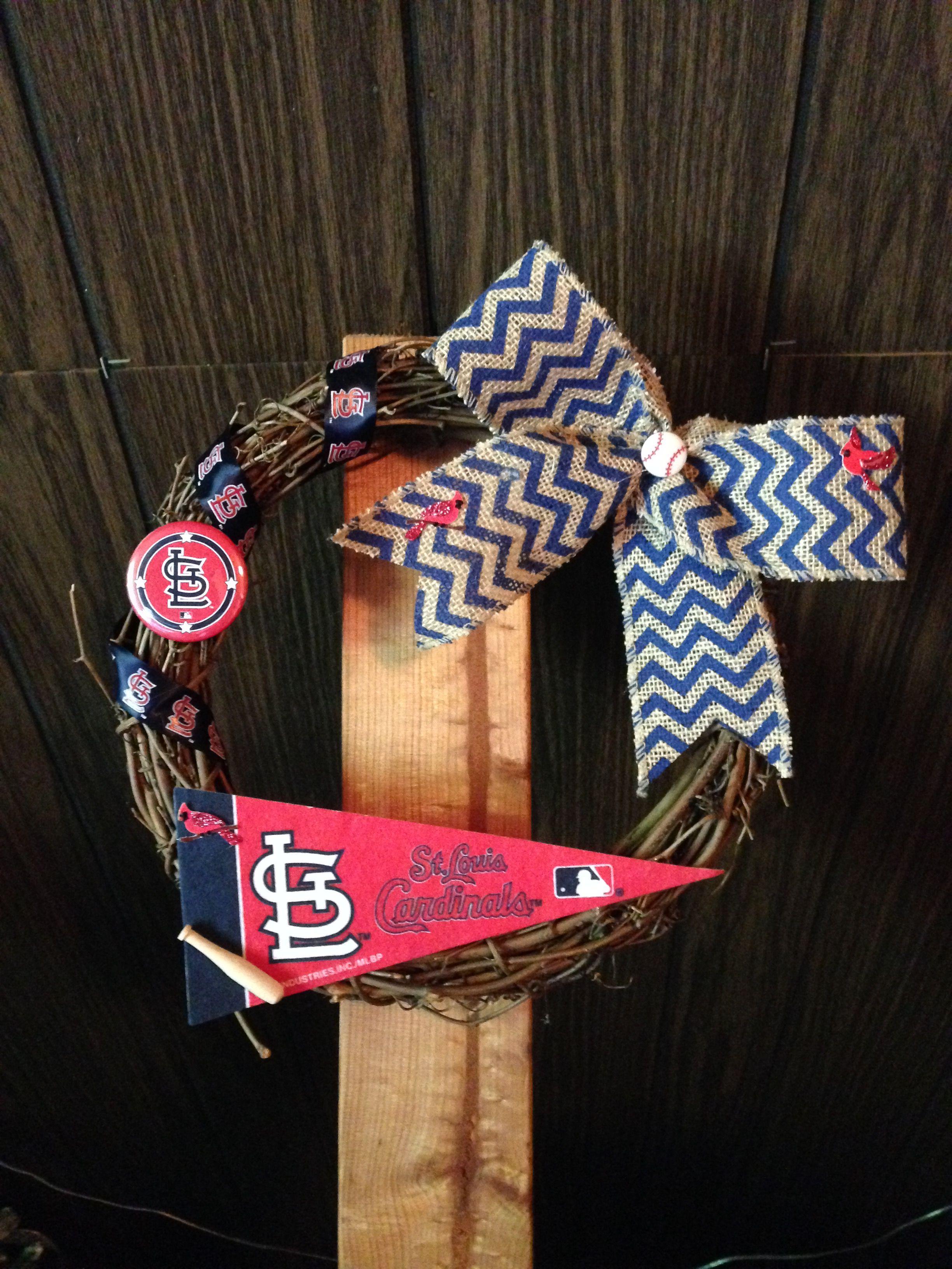 "Made this 12"" Cardinals wreath!"