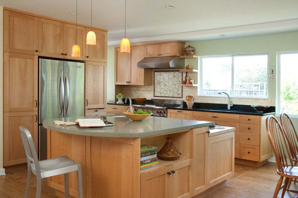 Marvelous Light Maple Kitchen Cabinets Design: Beautiful Kitchen Design  Using Light Maple Kitchen Cabinets And Vanity Also Pendants Lamp ~ Oiprs.cou2026