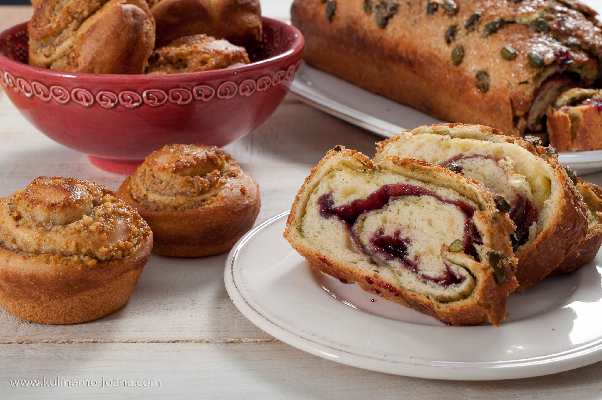 Kozunak S Kvas I Dva Plnezha Food Recipes Muffins Bread
