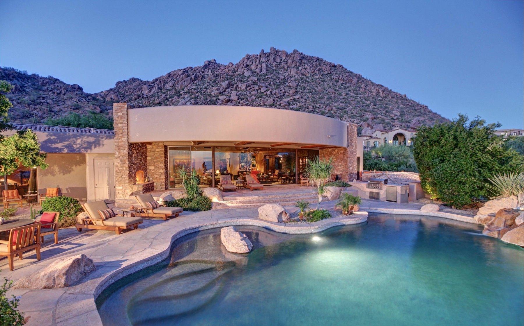 Pinnacle Peak Neighborhood in Scottsdale Arizona Luxury