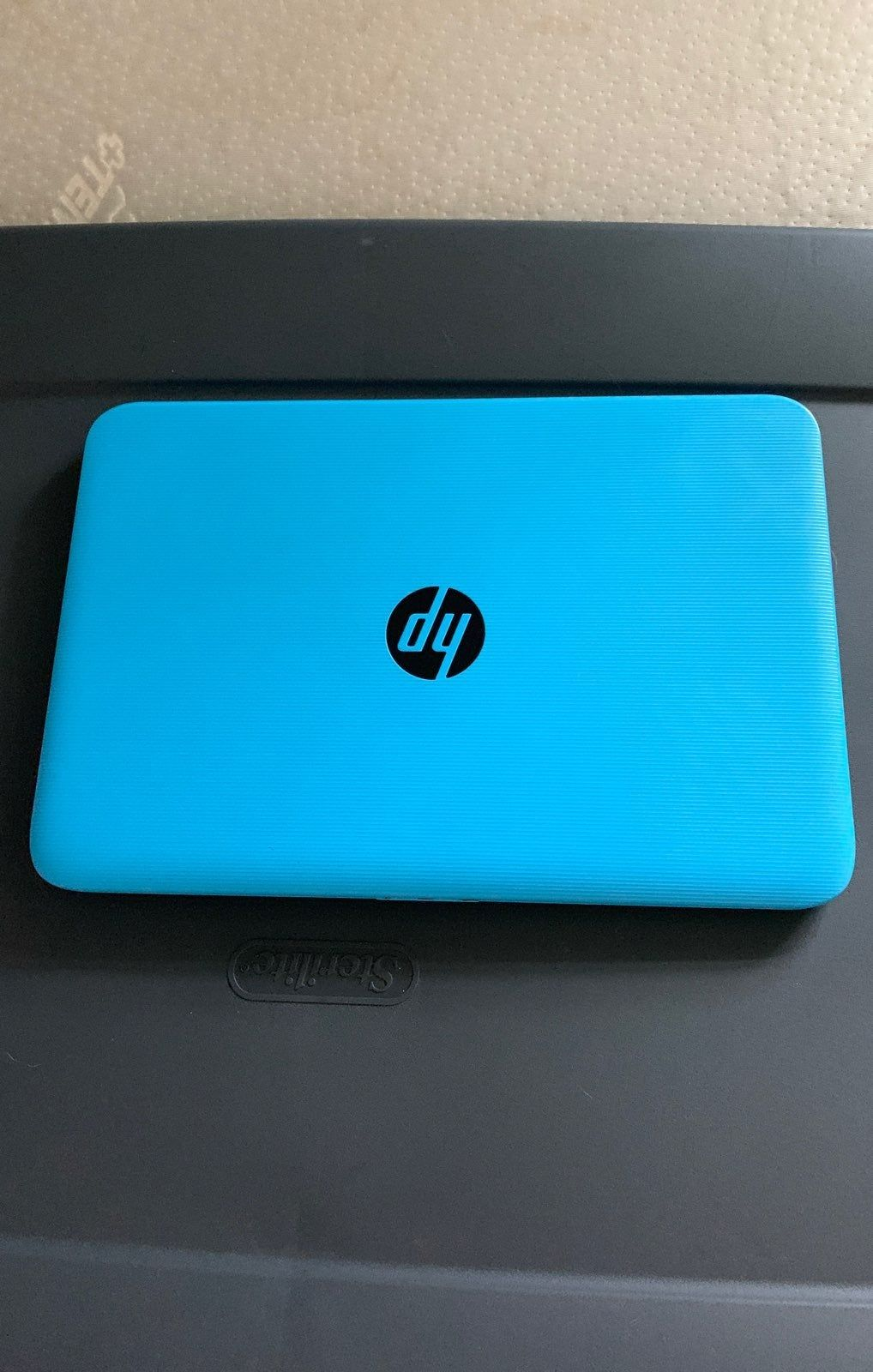 Blue HP laptop 1 year old, barley used, No Charger, comes