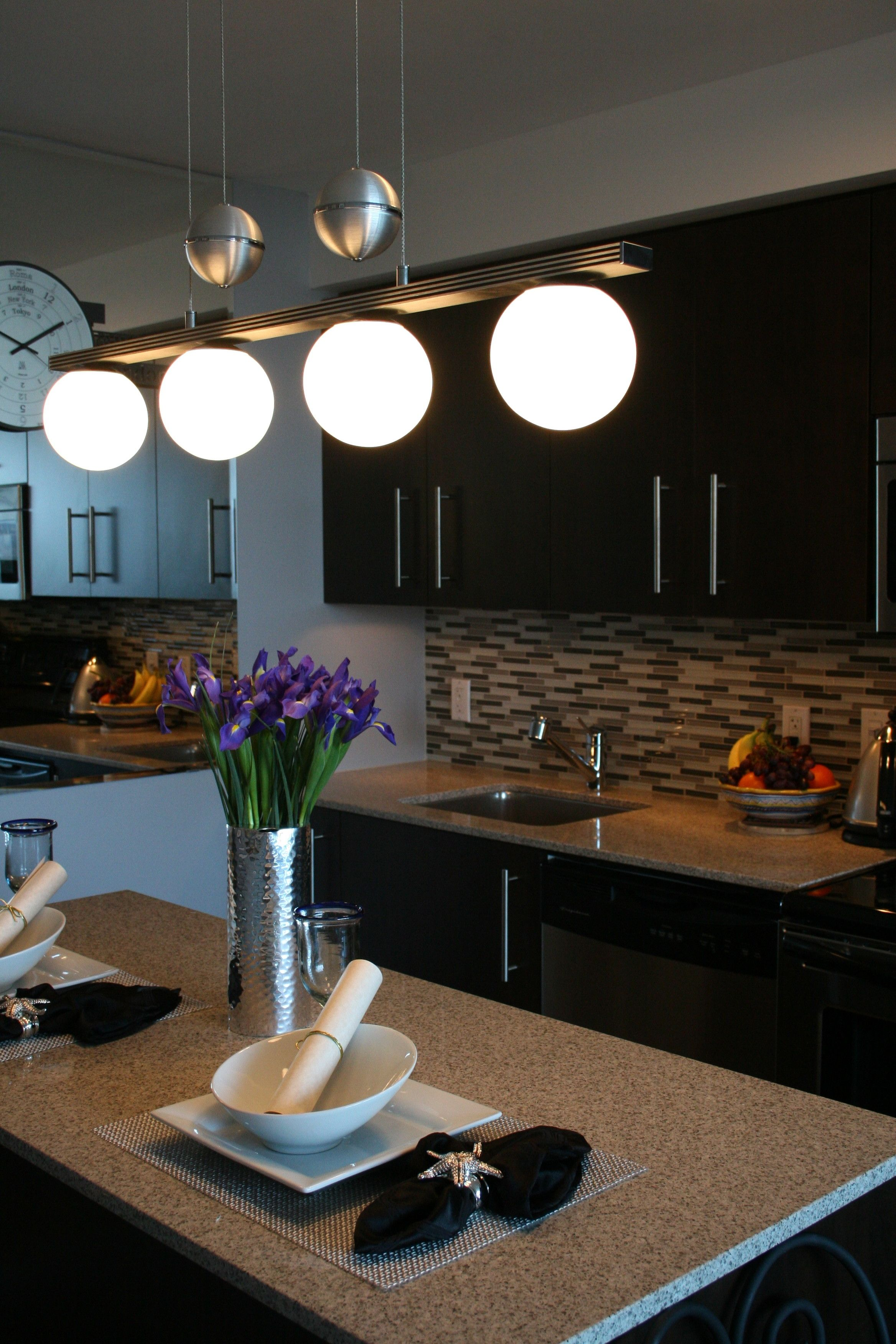 Kitchen Island Love the place setting
