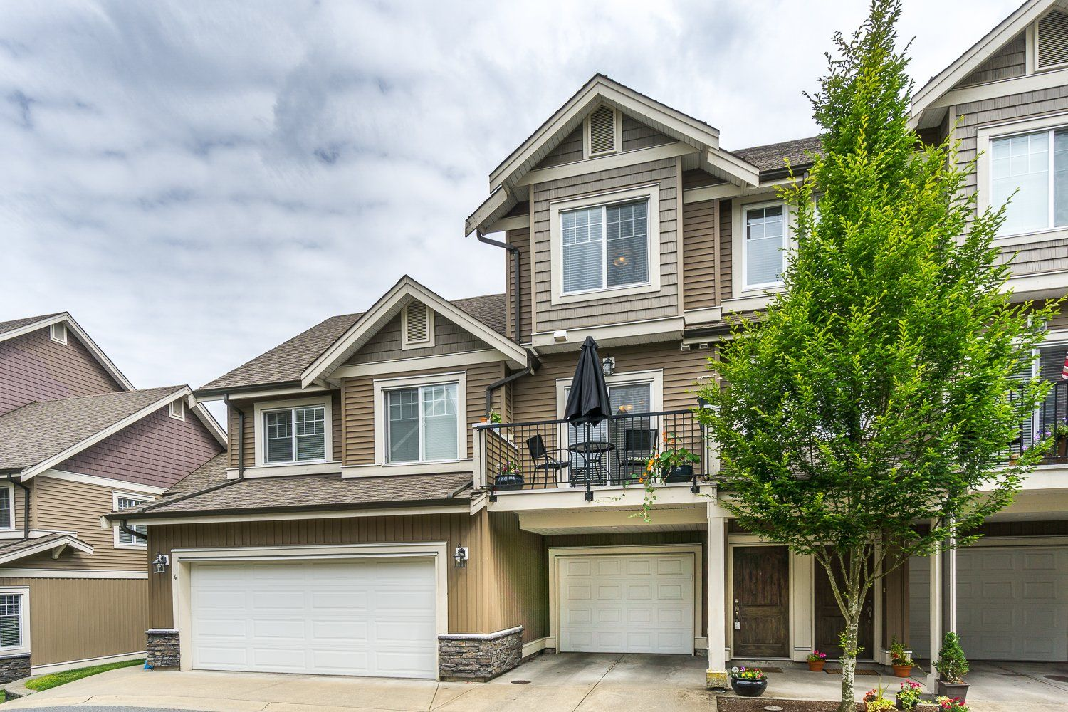 ** Open House on Sat. June 25 from 111 ** A nicely