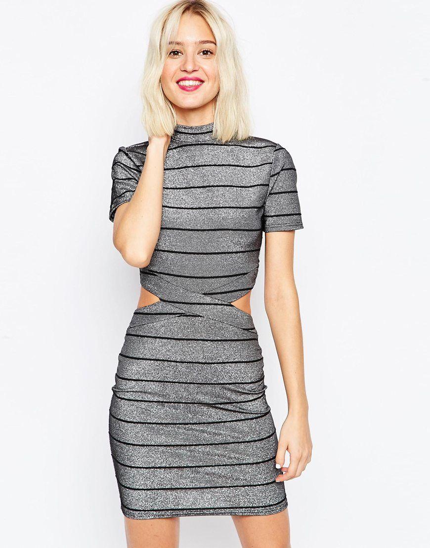 3f7e8fb873743 Kurzes T-Shirt-Kleid mit Metallic-Streifen | Outfit Party | Mini ...