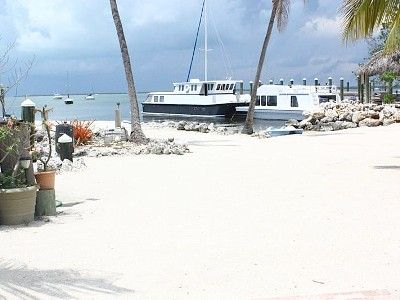 Rent A Houseboat In The Florida Keys Adventures To Plan