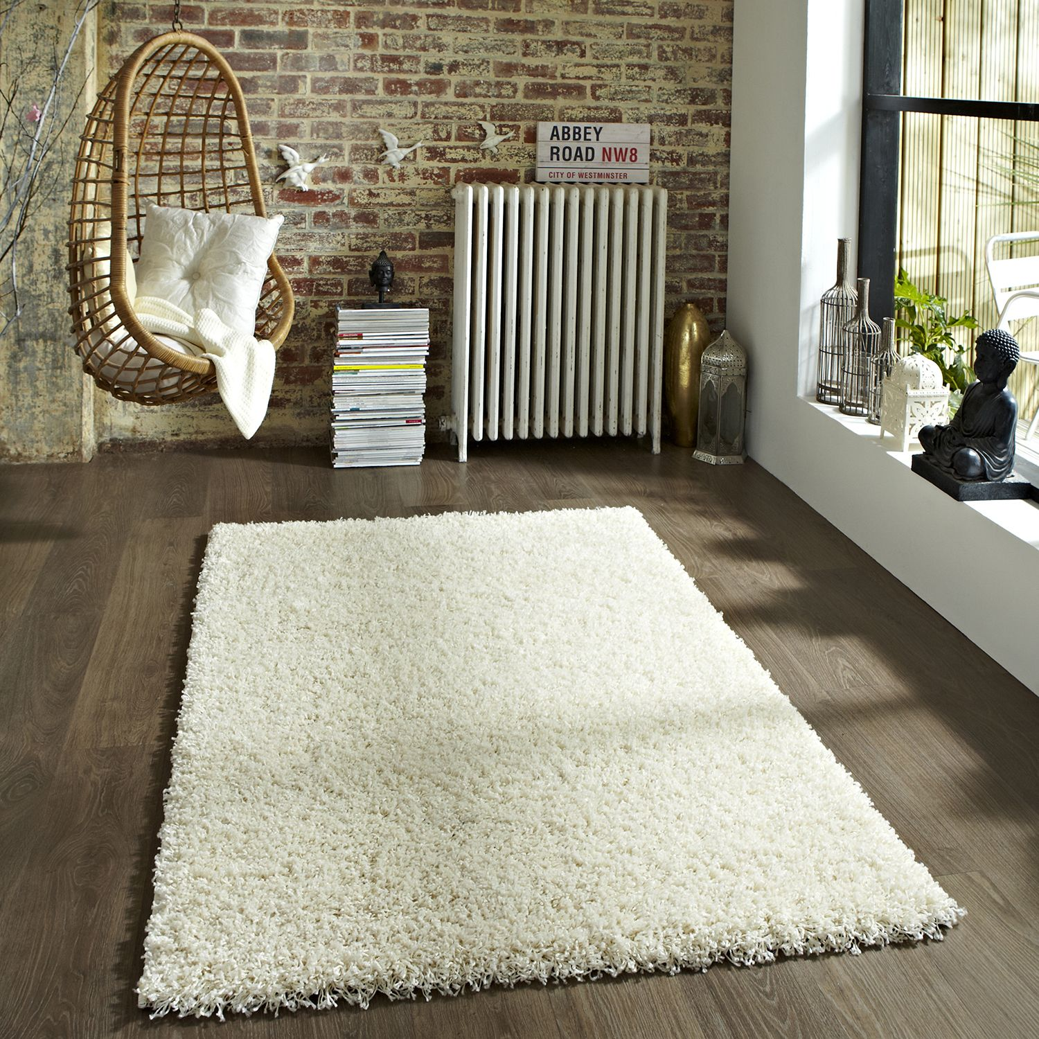 Think Vista 2236 Rug In Cream Next Day Delivery