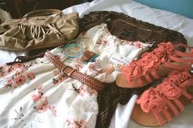 A totally cute outfit :)