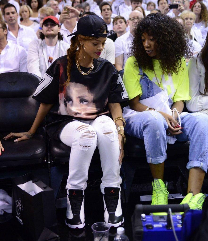lowest price 3c6f5 32d7a women wearing jordan retro 14 | Rihanna Wears Air Jordan ...