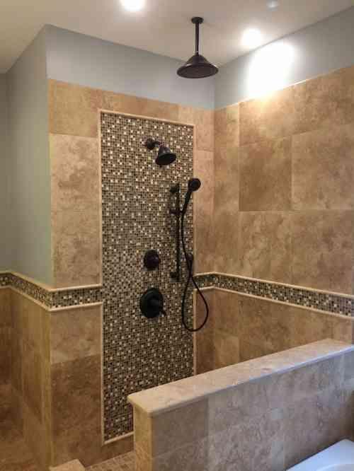 Salle de bain travertin  la beauté de la pierre de Tivoli