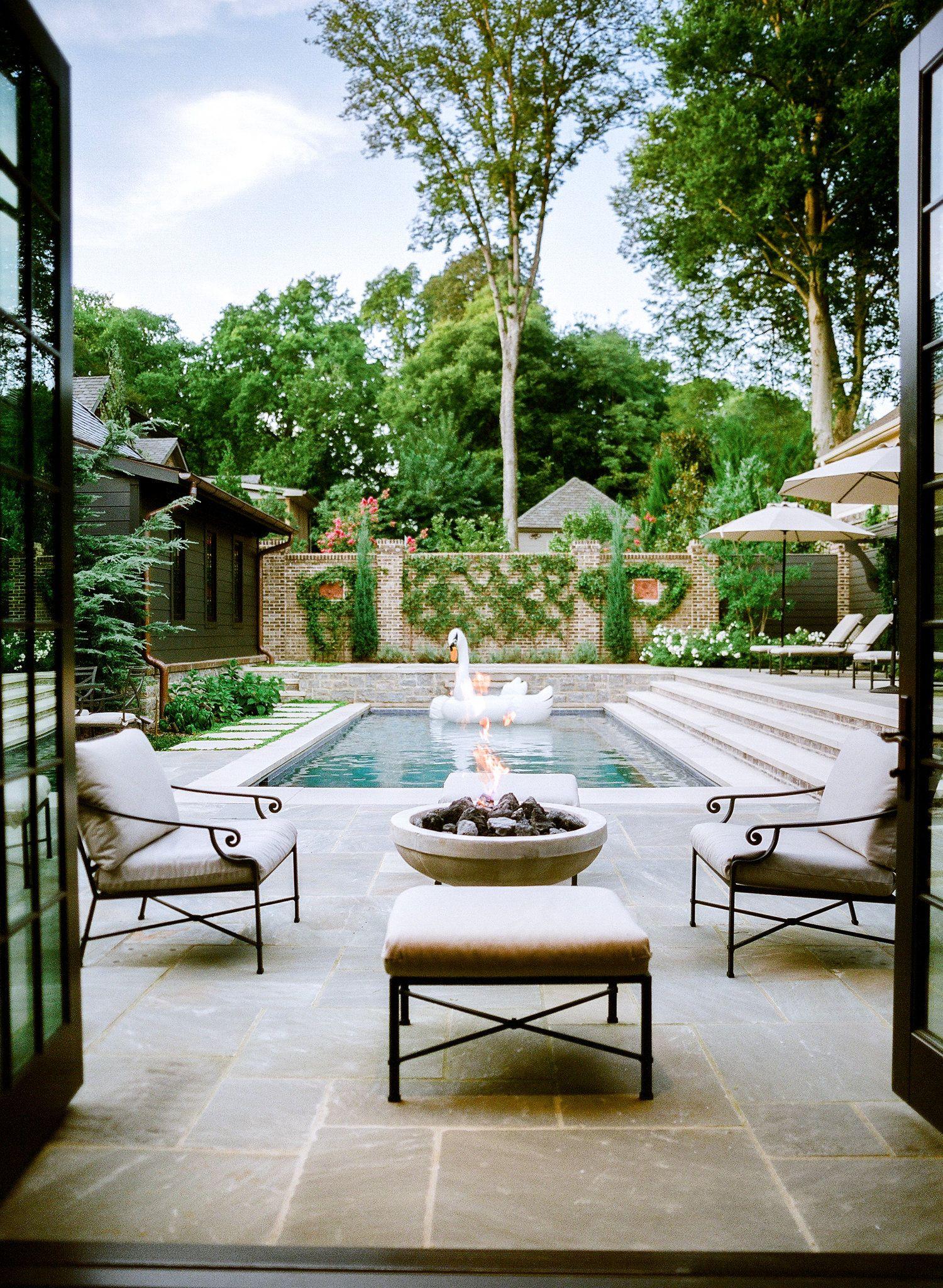 Photo: ©Leslee Mitchell | Garden | Pinterest | Backyard, Outdoor ...