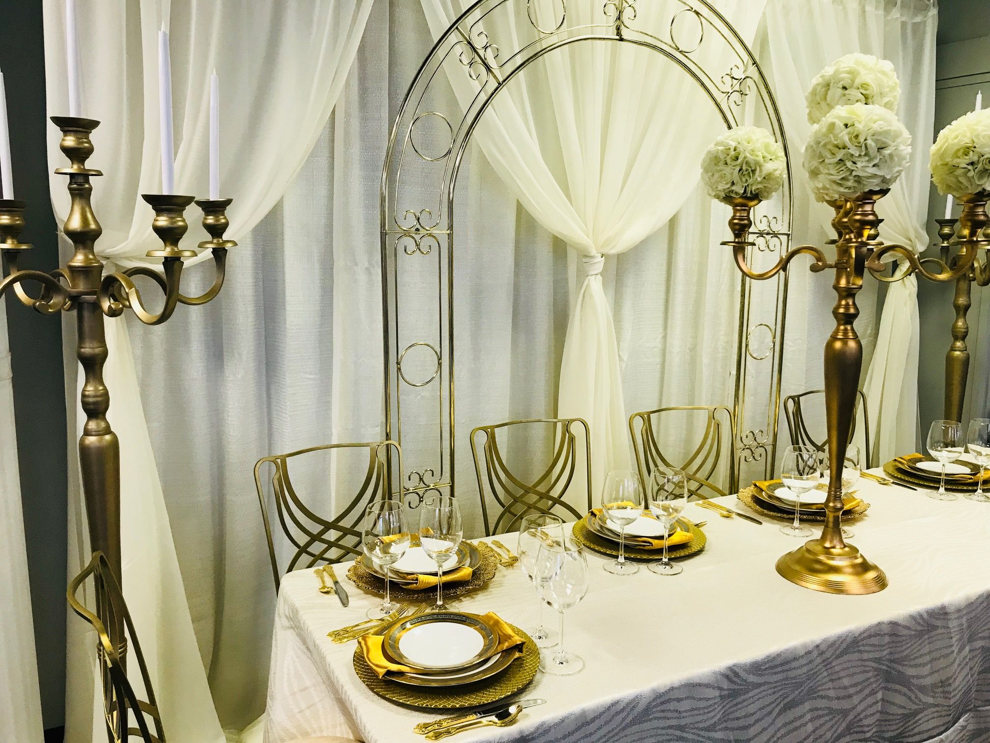 Home head tables and wedding home weinhardt party rentals st louisivory junglespirit Image collections