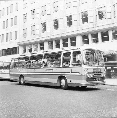 World Wide Coaches Mercedes-Benz O302 Plaxton London Bus