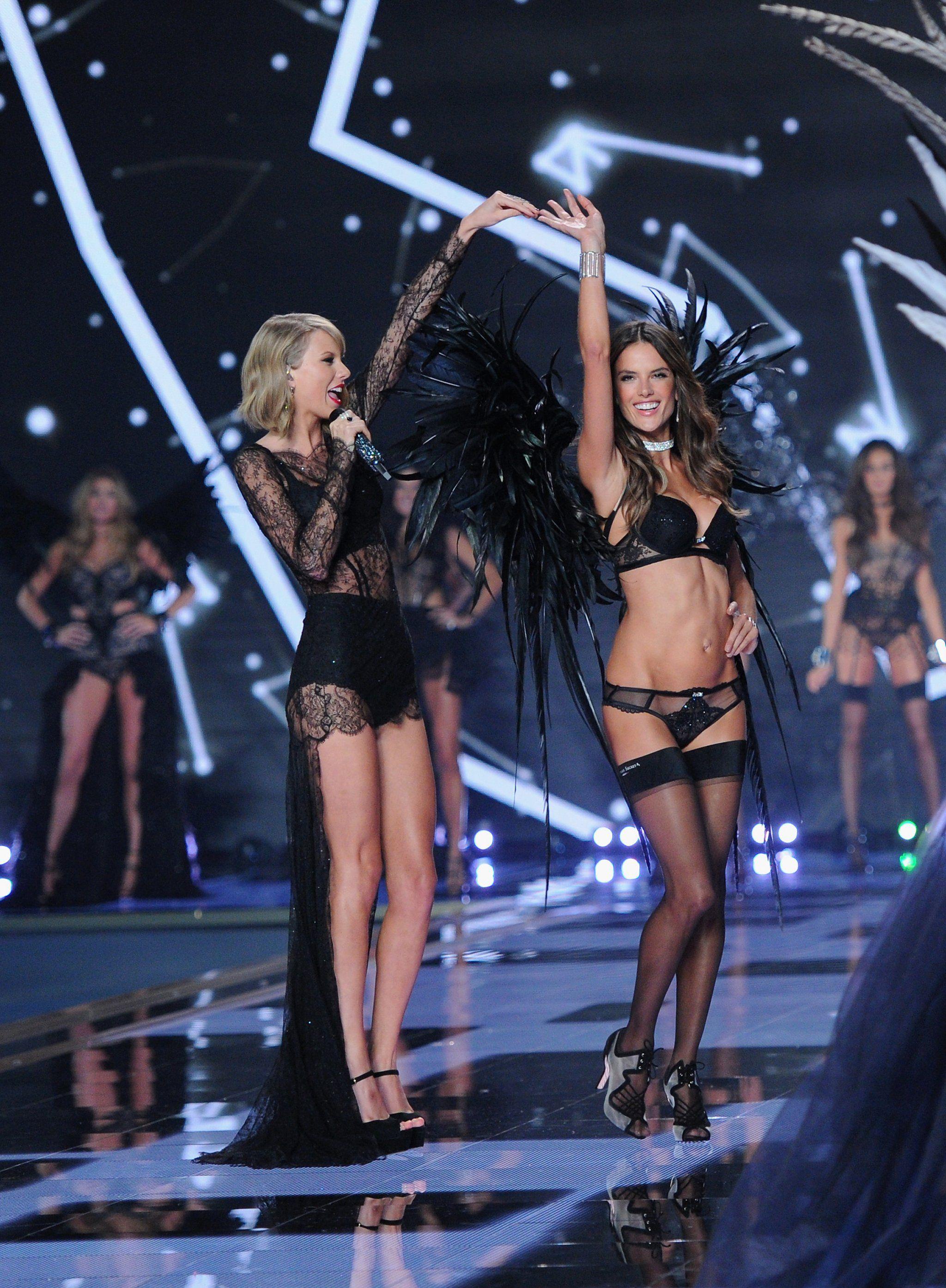 Secret singers victoria show Victoria's Secret