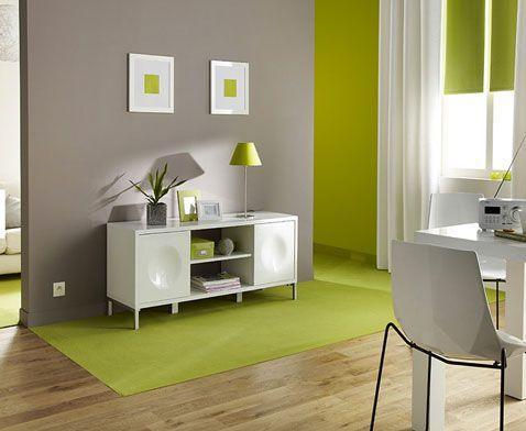 Déco salon peinture couleur taupe et vert anis Salons, Decoration - peindre un meuble laque blanc