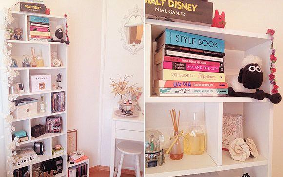 Decoração minha estante de livros!  Bedrooms, Decoration and College room