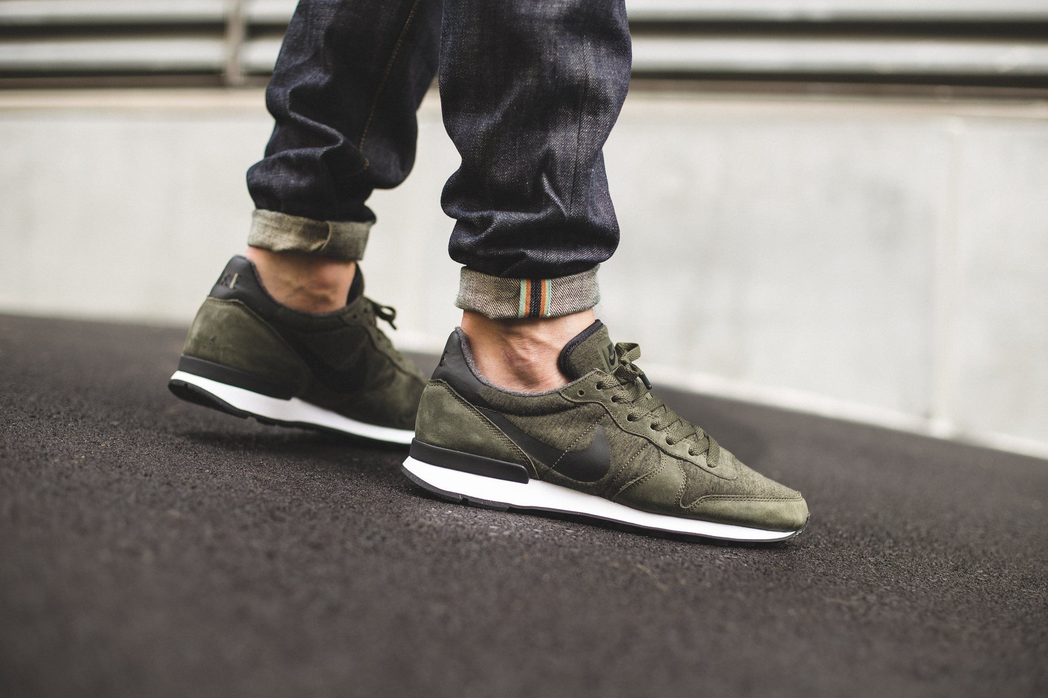 the nike internationalist tech fleece in cargo khaki. Black Bedroom Furniture Sets. Home Design Ideas