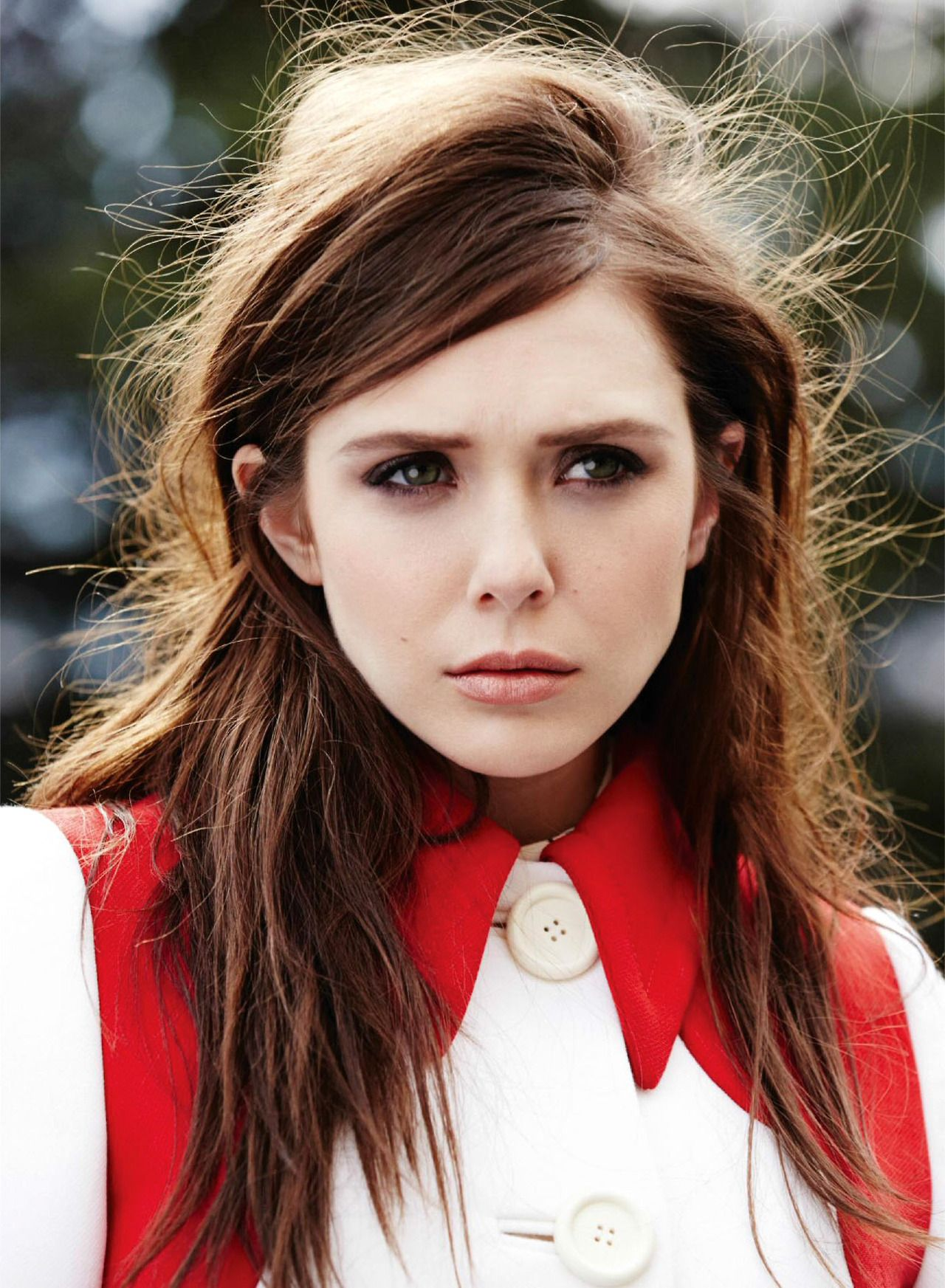 Elizabeth Olsen Gq Background 1 Hd Wallpapers Belles
