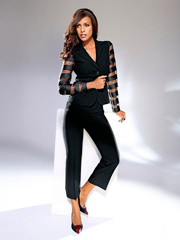 a516de3d057ec Tenue  Blazer élégant court, manches originales en voile rayé, Pantacourt à  plis femme