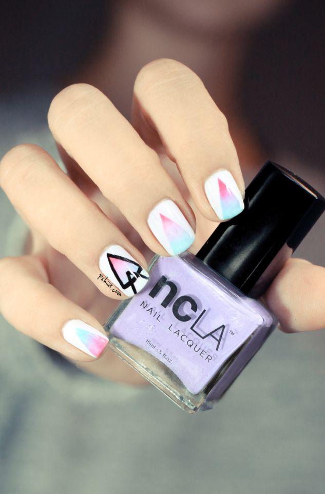 Tuto Nail art △ Mes triangles se dégradent ! △   Gradient nails ...
